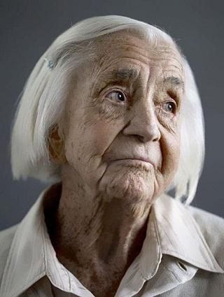 Personas-Mayores-de-100-Años-por-Karsten-Thormaehlen-09