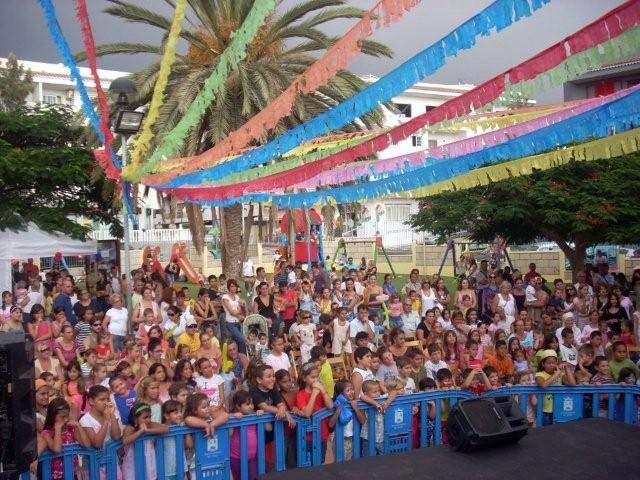 El barrio adejero de La Postura se prepara para la celebración del Día del Vecino