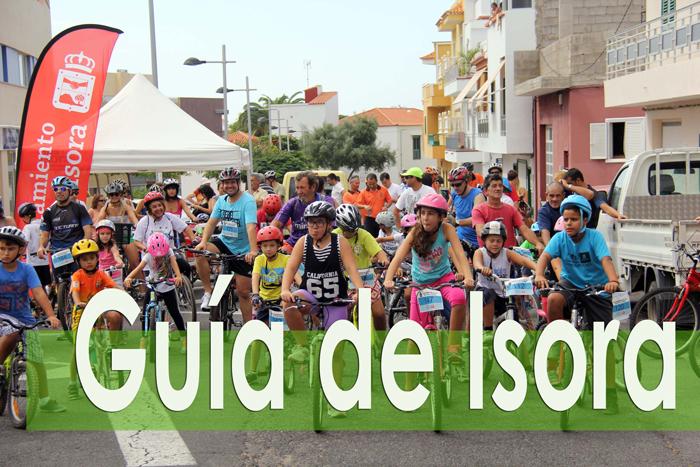 Más de cien personas participan en la II edición del 'Día solidario de la bicicleta'