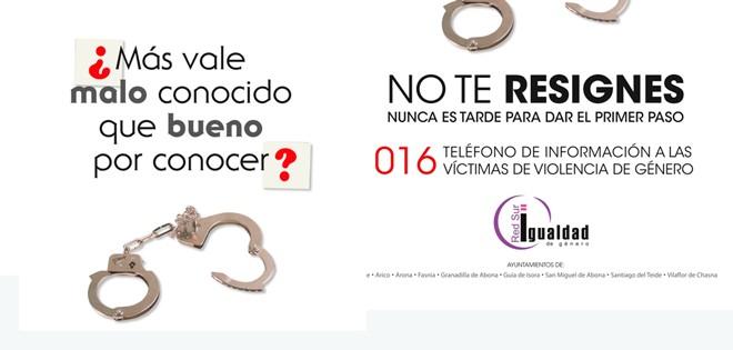 Uno-de-los-carteles-de-la-campaña-No-Te-Resignes