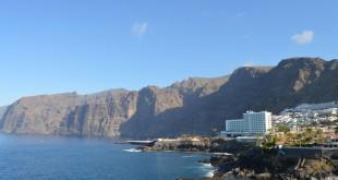 Vista del Acantilado de Los Gigantes, uno de los sitios más visitados del municipio.