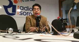 El alcalde estuvo la mañana del miércoles en Radio Isora avanzando  información sobre diversos temas entre los que destacó las obras de la residencia de mayores y de la plaza de Playa de San Juan.