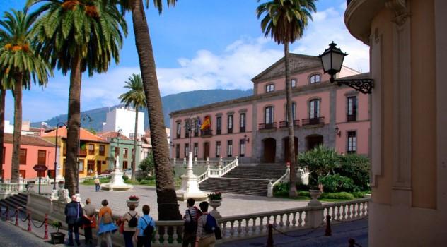 Dicha excursión está organizada por el Ayuntamiento de la Villa Histórica de Santiago del Teide, a través de su concejalía de Servicios Sociales que dirige Noelia Beatriz González Navarro y, este año, se realizará el sábado 22 de abril.